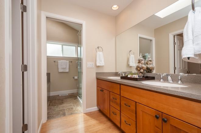 2815_monte_cresta_drive_MLS_HID1090007_ROOMmasterbathroom